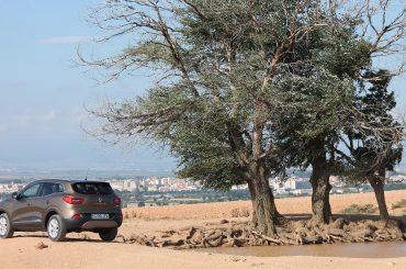 Renault KADJAR im Zentrum einer Schlammschlacht