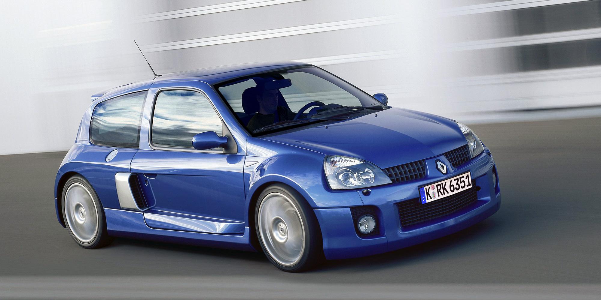 Clio V6, 2003