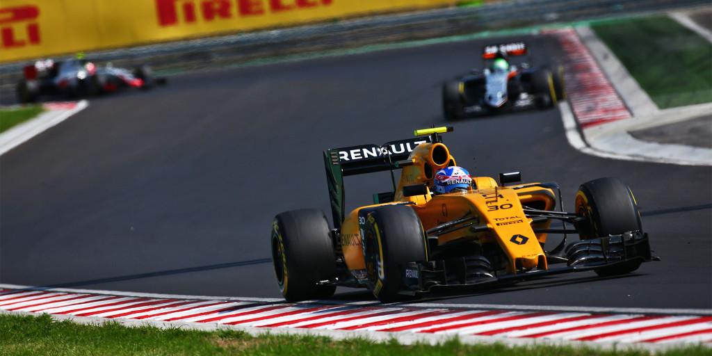 Renault Pilot Palmer fährt in Ungarn auf Platz zwölf