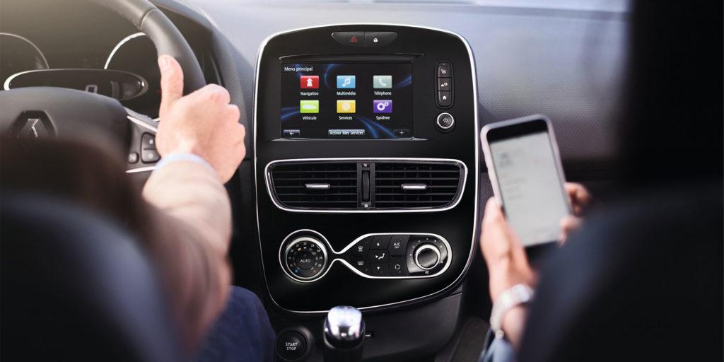 Apps vom Smartphone nutzen: Renault macht's möglich