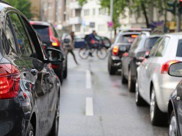 Im Video: Tipps fürs  Fahren im Stadtverkehr