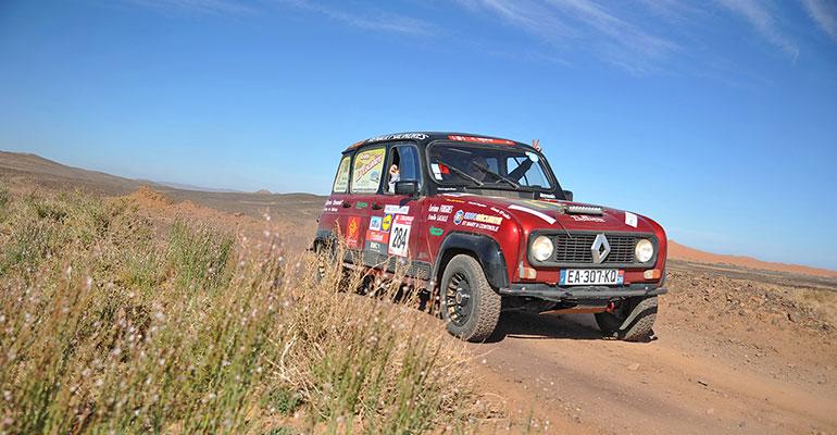 Wüstes Rallye-Abenteuer mit dem R4: Raid 4L Trophy™