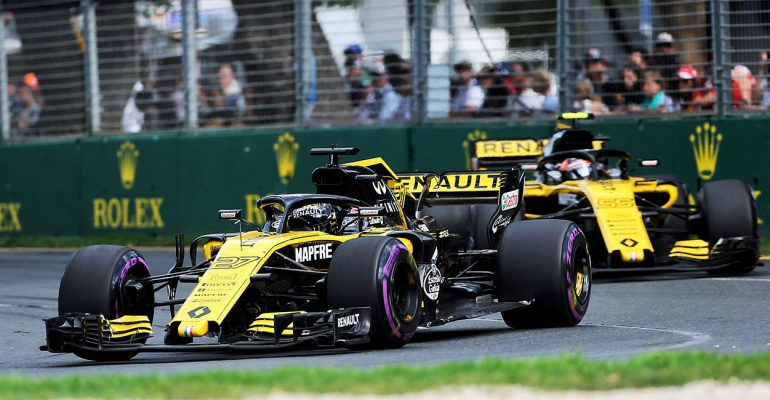 Beide Renault R.S. 18 in den Top 10