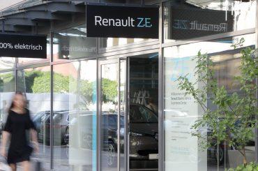 Renault eröffnet neues Electric Vehicle Experience Center in Berlin