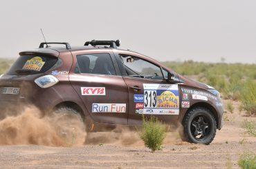 Elektrisch durch die Wüste: ZOE bei der Rallye des Gazelles