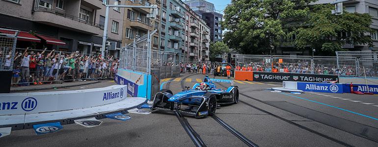 Formel E Heimspiel fuer den kampflustigen Sébastien Buemi