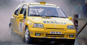 Clio V6: Legendärer Mittelmotorsportler mit 254 PS