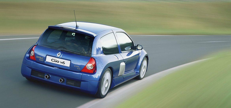 Breit und bärenstark: Clio Renault Sport V6
