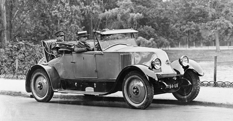 100 Jahre Renault 10 CV: der erste Linkslenker der Marke
