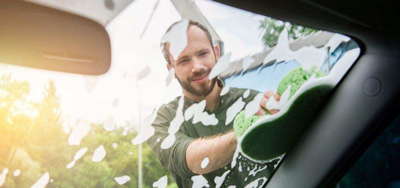 Frühjahrsputz: Tipps für die richtige Autopflege