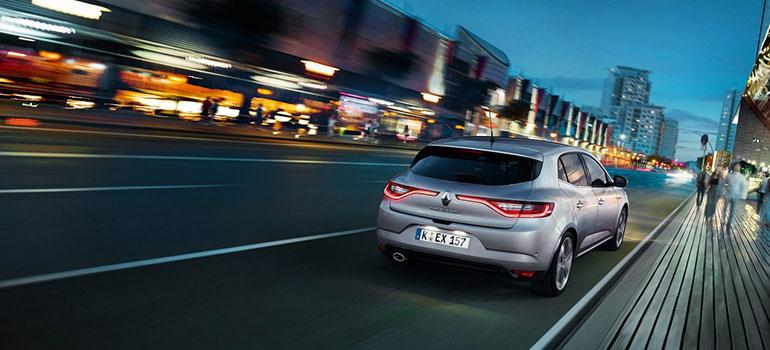 Renault MEGANE überzeugt im Auto Bild Dauertest