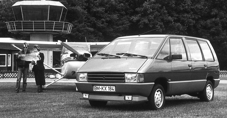 Renault ESPACE Jubiläum: Der Van-Trendsetter wird 35 Jahre jung