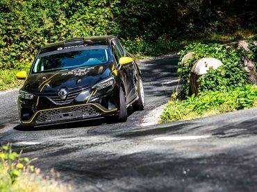 Renault Sport schickt neuen CLIO R.S.R Rallye ins Rennen