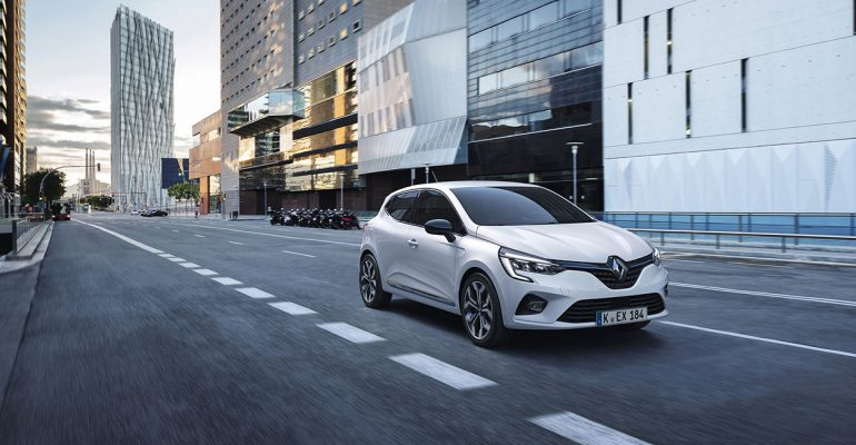 CLIO Hybrid im Video: Laurent Hurgon testet den Kompakten