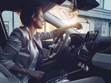 MY Renault App mit Z.E. Vernetzte Services: Top-Mehrwert für Elektroautos und Hybridmodelle