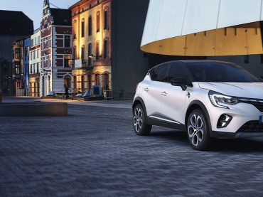Mit dem Renault CAPTUR Plug-in-Hybrid in die Herbstferien