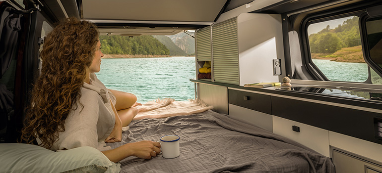 Camping cool: der neue Renault Trafic SpaceNomad mit allem Zipp und Zapp